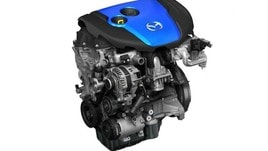 Mazda Skyactive-X: nel 2019 il benzina che consuma come un diesel