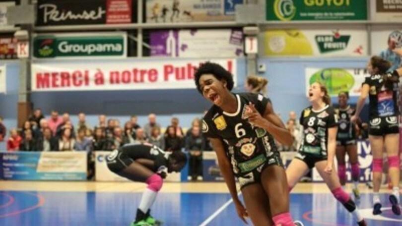 Volley: A2 Femminile, Mendaro Leyva opposto cubano per Baronissi