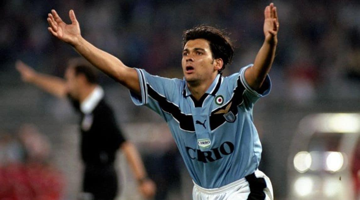 Juventus e Lazio si sono già incontrate tre volte in Supercoppa Italiana: nel 1998 i biancocelesti hanno portato a casa il trofeo, mentre i bianconeri hanno vinto nel 2013 e nel 2015.