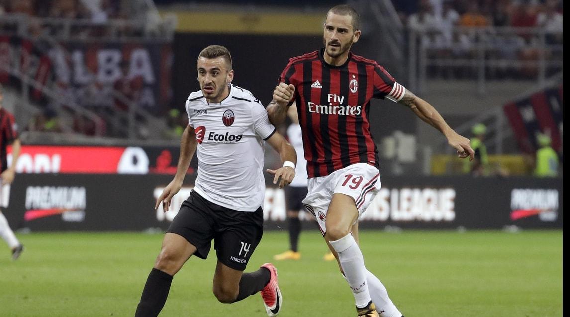 Marjan Radeski against Leonardo Bonucci; photo: Corriere dello Sport