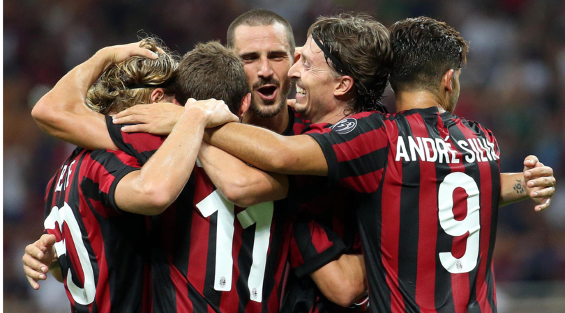 Bonucci celebra un gol insieme ai suoi compagni