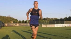 Roma, buone notizie: Karsdorp torna a correre