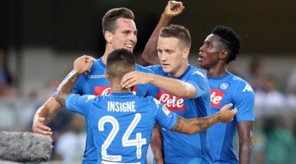 Verona-Napoli 1-3: Milik e Ghoulam rispondono alla Juventus. Espulso Hysaj
