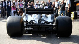 F1 Gp Bahrain, Pirelli sceglie le gomme più dure