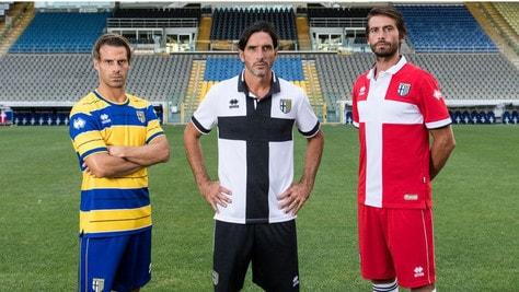 Le nuove divise del Parma Calcio 1913 firmate Erreà Sport
