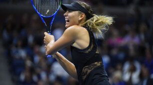 Il ritorno di Maria Sharapova: pizzo e trasparenze agli Us Open