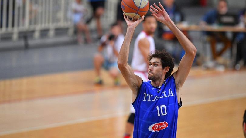 Tegola per l'Italbasket: Davide Pascolo salta l'Europeo