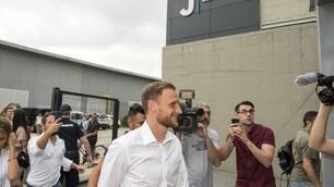 Juventus, Höwedes arriva al JMedical per le visite