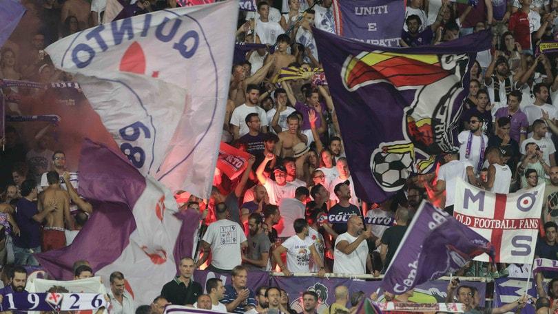 Serie A Fiorentina, striscioni dei tifosi contro Della Valle