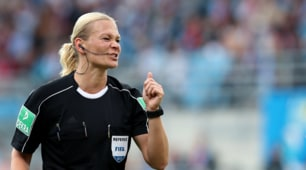 Bundesliga, debutta l'arbitro donna