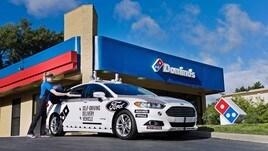 Ford, la pizza arriva a domicilio con la guida autonoma