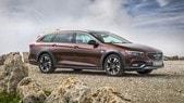 Opel Insignia, arriva il 2.0 biturbo diesel da 210 CV