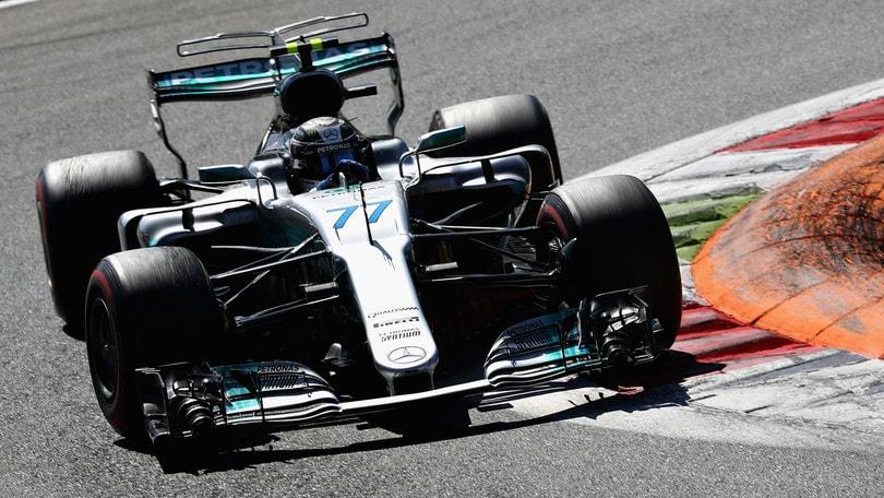F1, a Monza pit stop lampo per le Mercedes