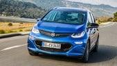 """Opel, la Ampera-e fa 750 km con un """"pieno"""" di corrente"""