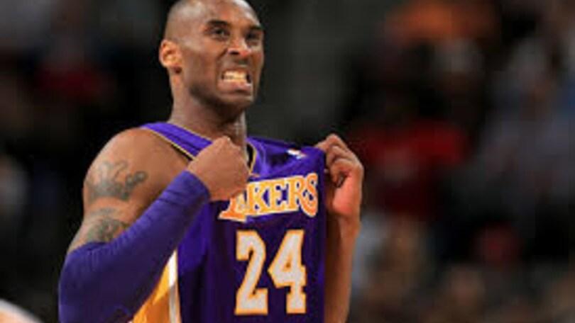NBA, i Lakers ritireranno la maglia di Bryant
