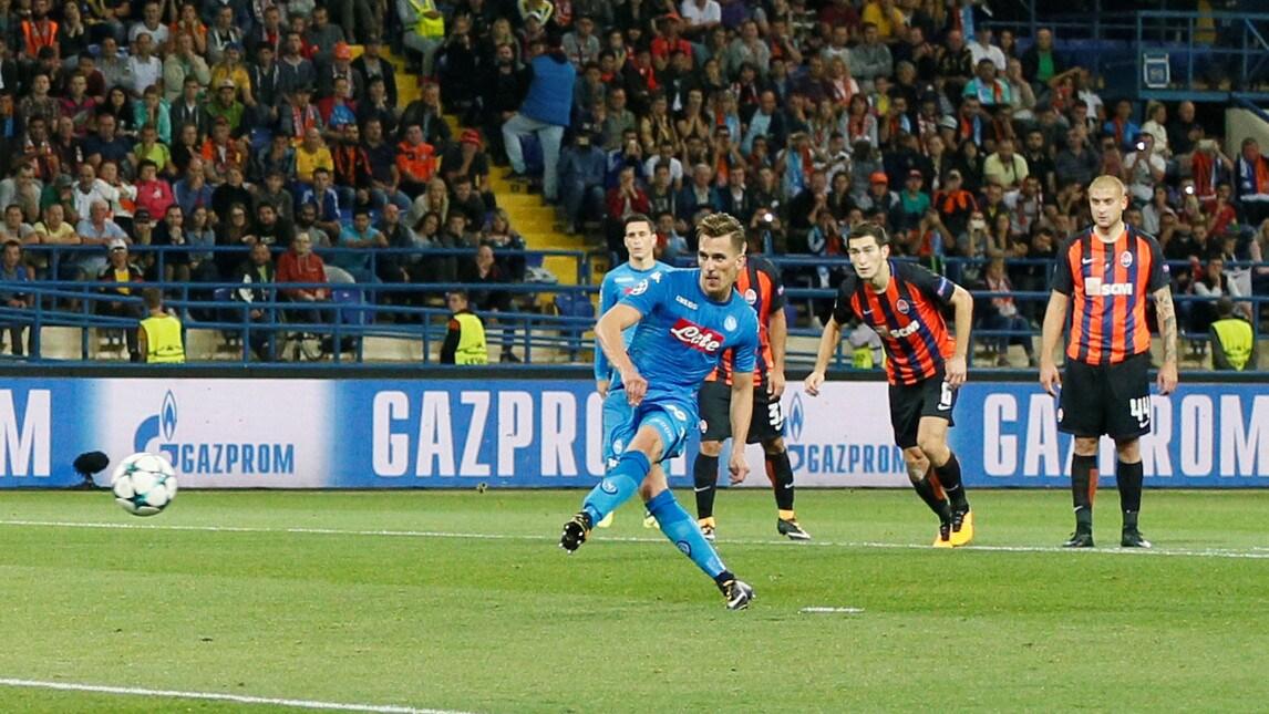<p>Le foto pi&ugrave; belle della prima sfida stagionale in Champions della squadra di Sarri</p>