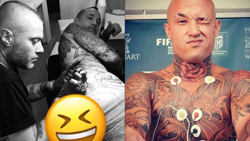 Nainggolan, il nuovo tatuaggio è sul lato B