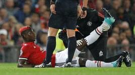 Manchester United, Mourinho perde Pogba: fermo almeno un mese