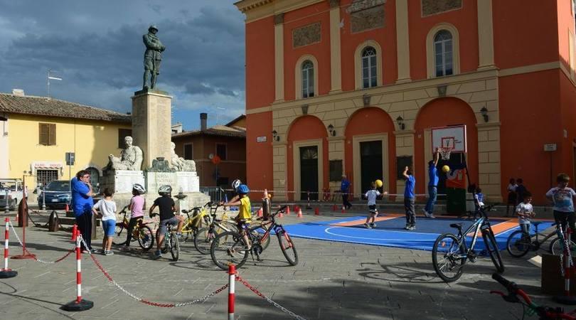Norcia, piazza San Benedetto diventa un Villaggio dello Sport