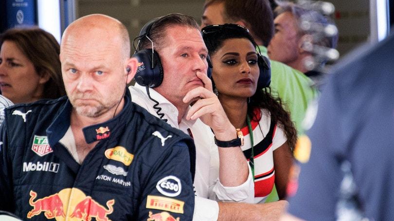 F1, Jos Verstappen: «Vettel ha sbagliato, meritava una penalità»