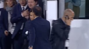 Juventus-Fiorentina, furia Allegri al fischio finale: Pjanic lo fa arrabbiare