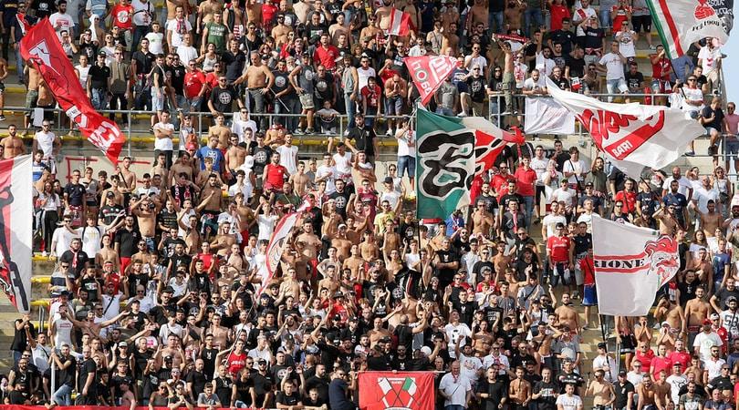 Bari, chiesta dal sindaco deroga per ripartire dalla Serie C