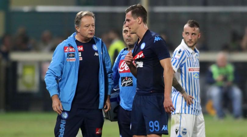 Napoli, Milik arrivato a Villa Stuart: lunedì gli esami e l'eventuale intervento