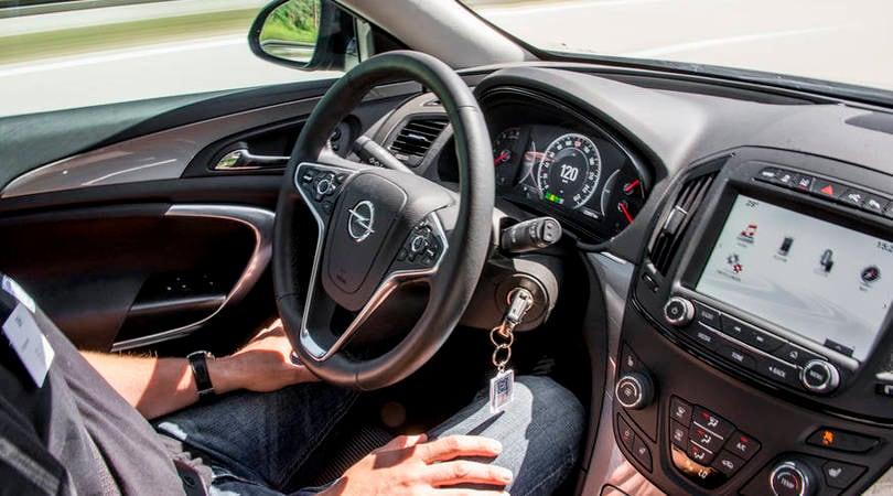 Come funzionano i sei livelli della guida autonoma