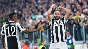 Juventus-Olympiacos 2-0, riecco Higuain! Dalla panchina alla gioia del gol
