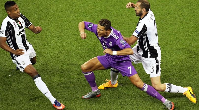 Juventus,pronti i rinnovi di Alex Sandro e Chiellini