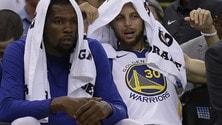 NBA preseason, Cavs e Warriors ko