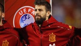 Spagna-Albania, fischi per Piqué ma anche qualche applauso durante la sostituzione