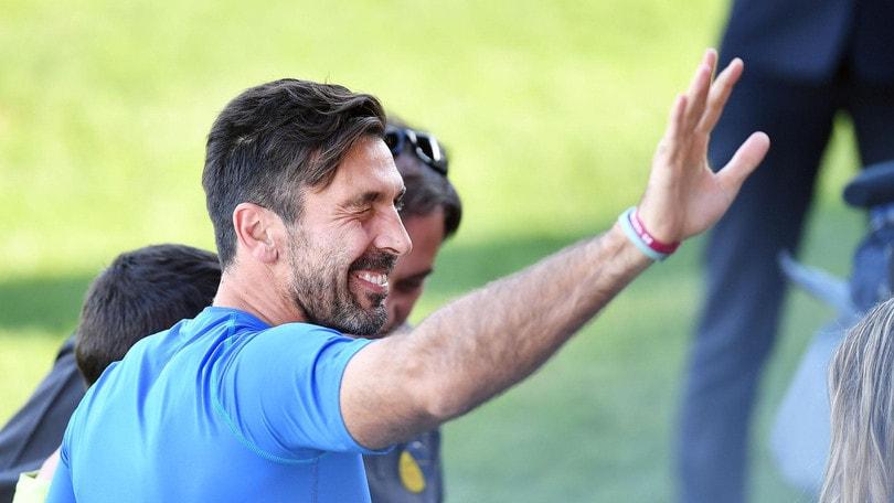 Buffon: «Tocca ai vecchi portare l'Italia al Mondiale»