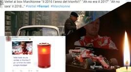 Ferrari tradita da una candela, social scatenati: «Meglio la mia Panda»