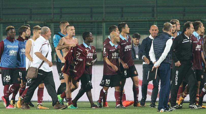 Serie B, Avellino-Salernitana 2-3: Minala firma la rimonta