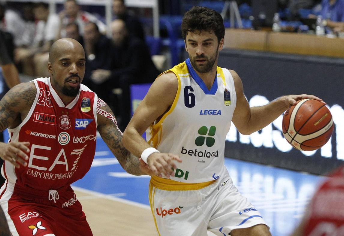 Basket Serie A, Milano soffre ma sbanca Capo d'Orlando