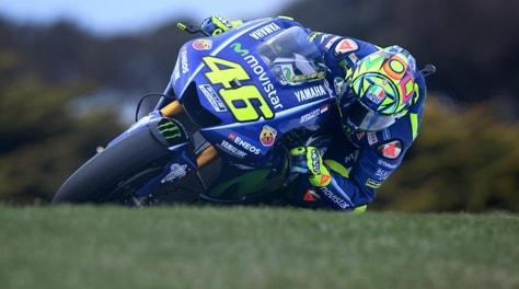 MotoGp Australia: la pole va a Marquez, settimo Valentino Rossi