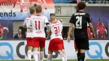 Bundesliga, Dortmund rallenta a Francoforte: 2-2. Il Lipsia sogna: è secondo