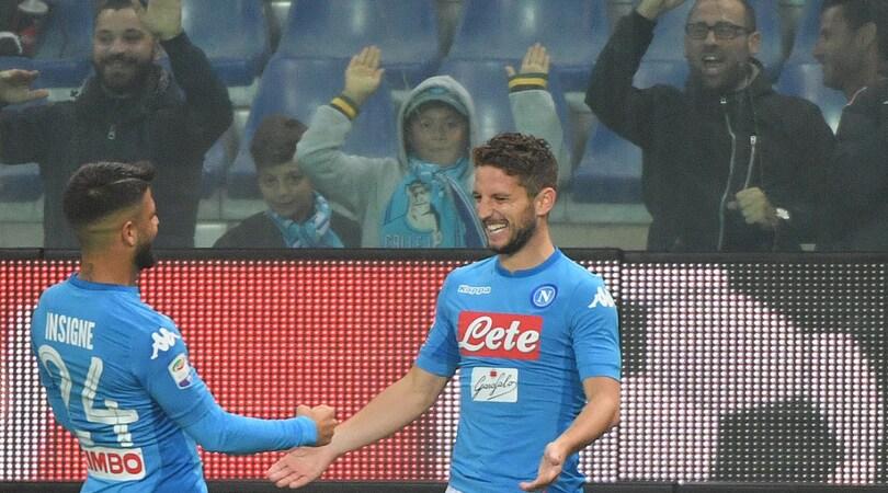 Serie A, Genoa-Napoli 2-3: Mertens, doppio capolavoro. Sarri torna in testa
