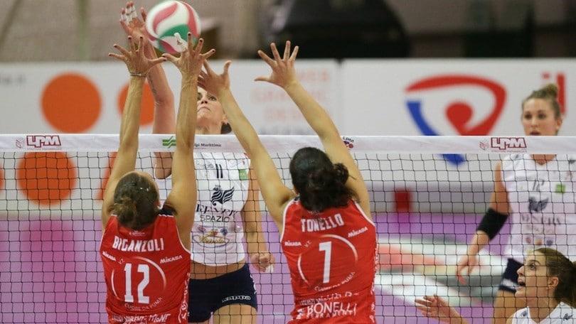 Volley: A2 Femminile, per Mondovì derby e sorpasso