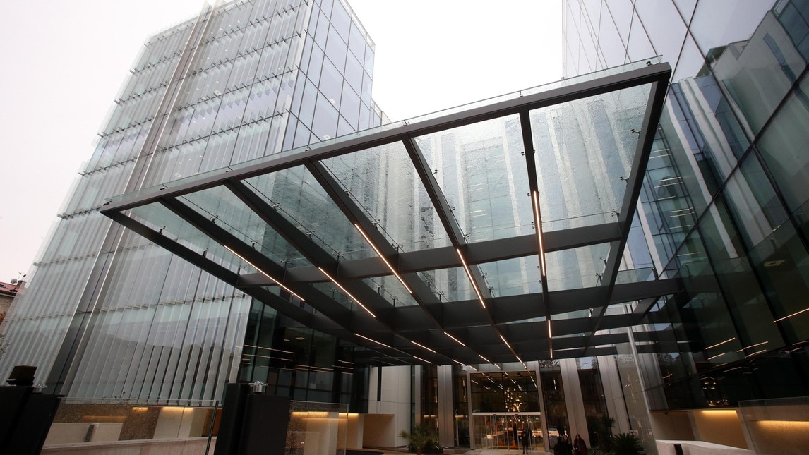 Inaugurata la nuova sede nella zona di Porta Nuova: 17.500 metri quadrati