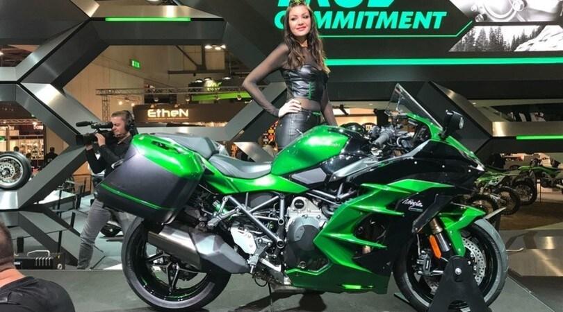 EICMA, Kawasaki H2 SX: sportiva da viaggio