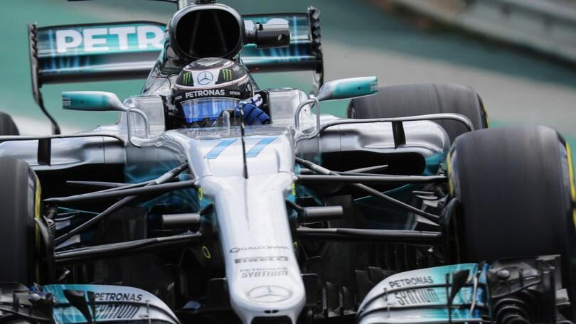 F1, Gp Brasile: Mercedes davanti nelle ultime libere, Ferrari inseguono