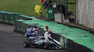 Gp Brasile, incidente per Hamilton: è fuori dalle qualifiche
