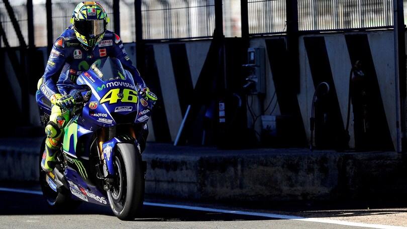 MotoGp, test a Valencia: paura per Rossi, moto distrutta