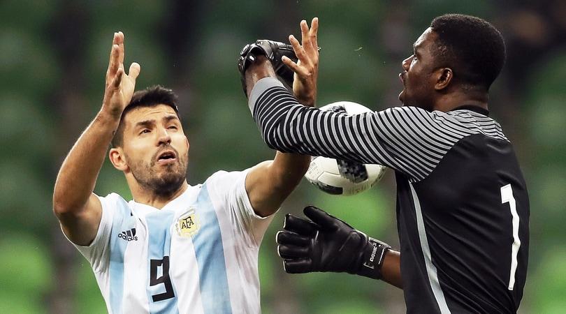 Argentina-Nigeria 2-4: senza Messi non basta Dybala, paura per Aguero