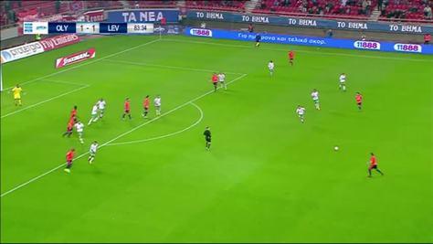 L'Olympiacos vince grazie alla papera di Epassy
