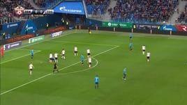 Zenit, Paredes porta in vantaggio Mancini