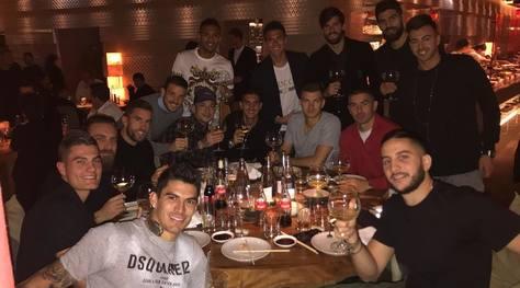 Roma, la squadra a cena per festeggiare la vittoria nel derby
