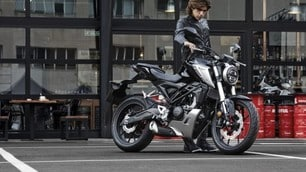 Nuove Honda CB300R e CB125R: foto